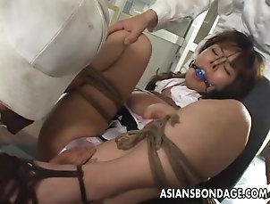 BDSM,Bondage Asian tied up bitch squirts from her...