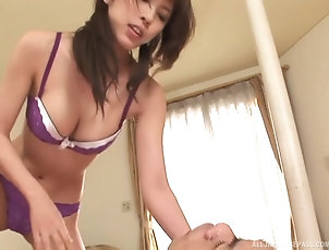 Couple,Japanese,Panties Hot babe Noa pleases a friend by...