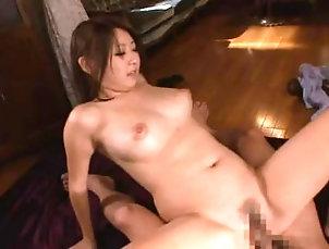Couple,Hardcore,Asian,Japanese,Cumshot,Facial,Close Up Ravishing Japanese doll Hitomi...