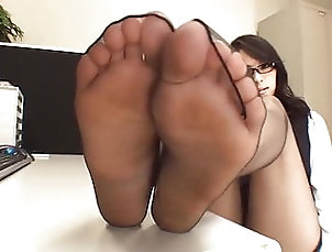 Black and Ebony;Japanese;Foot Fetish;Nylon;HD Videos;Footjob;Pantyhose Sexy Japanese Black Pantyhose Foot...