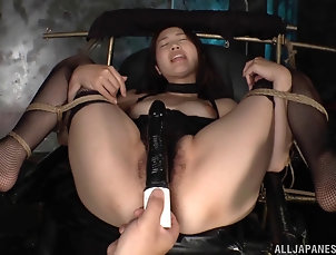 BDSM,Fetish,Bondage,Asian,Japanese Tied up Japanese girl moans and cums...