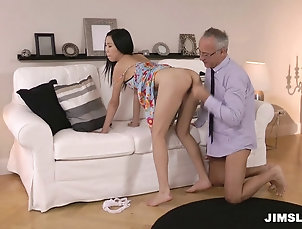 Hardcore,Couple,Interracial,Asian,Long Hair,Clothed Sex Old man enjoys fucking her hot pussy...