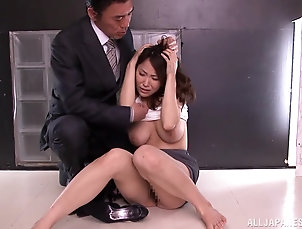 Reality,Asian,Japanese,Natural Tits,Big Tits,Brunettes,MILF,Cougars Kokoro Maki toys her hairy Japanese...
