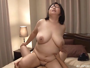 Mature,Mature Amateur,Asian,Japanese Chubby babe from the Fat East enjoys...