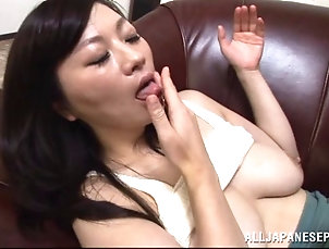 Couple,Hardcore,Asian,Japanese,Natural Tits,Big Tits Sultry Asian cougar with exquisite...