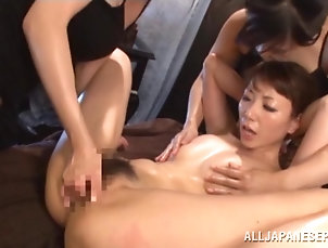 Oiled,Asian,Japanese,Lesbian An oiled up Japanese girl gets toyed...