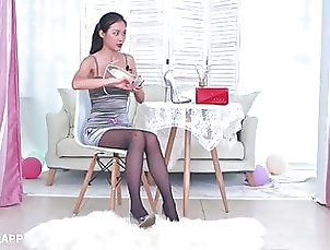 Asian;Stockings;Nylon;HD Videos;Secretary;18 Year Old;High Heels;Interview;Pantyhose;Black Women;Black Lingerie;Asian Lingerie;Asian Pantyhose;Black Lady;Black Pantyhose;Asian Lady;Lady;Asian Women Asian lady in black pantyhose 2
