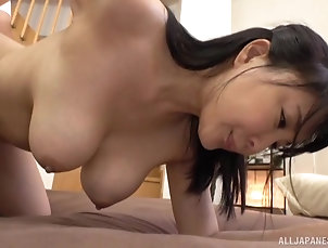 Couple,Japanese,Natural Tits Horny guy attacks naked beauty Hanyuu...