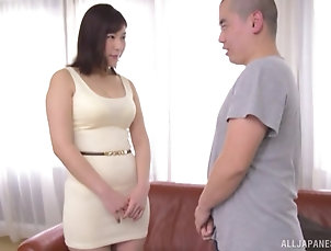Couple,Japanese,MILF,Chubby,Big Tits Japanese short haired MILF Otomi Rina...
