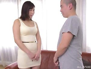 Couple,Japanese,MILF,Chubby,Big Tits Japanese short haired MILF Otomi Rina...