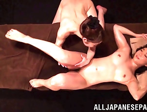 Lesbian,Asian,Japanese,Massage,Oiled,Natural Tits Horny Japanese lesbian MILFs in an...