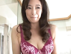 Couple,Japanese,Bra Otowa Ayako takes off her panties for...