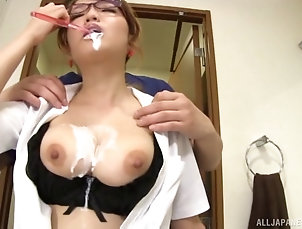 Couple,Hardcore,Asian,Japanese,Natural Tits,Glasses Aihara Mari has a fun time while...