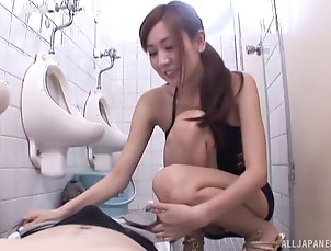 Couple,Hardcore,Asian,Japanese,Toilet,Reality,Fishnet Sex-insane Japanese slut provides a...