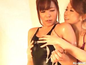 Lesbian,Japanese,Soapy,Natural Tits,Shower during the shower Kitagawa Eria...