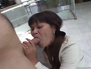 Mature A sweaty mature Asian woman gets...