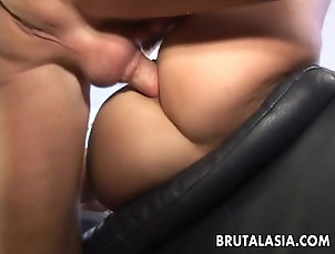 Couple,Hardcore,Anal,Close Up Bubble butt Asiangetting it stuck in...