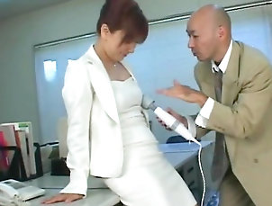 Secretary,Boss,Japanese,Vibrator,Upskirt,Pantyhose,Couple,Straight Insolent secretary plays naughty at work