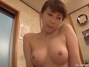 Japanese,Bath,Natural Tits Kisaki Aya agrees to suck and ride a...