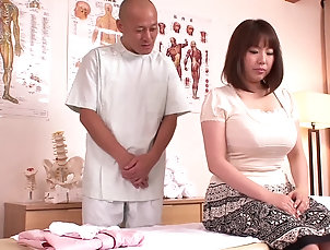 Amateur,Asian,Massage,Big Tits,Japanese,Natural Tits,Oiled Curvy Rin Aoki'S Oily Massage...