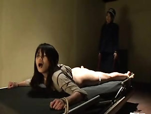 BDSM,Spanking Horny Japanese babe is tortured in...