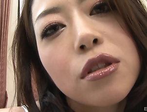 Couple,Japanese,Pussy,Hairy,Fingering,Close Up Sayuri Shiraishi's hairy cunt is...