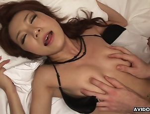 Couple,Close Up,Pussy,Hairy,Japanese,Fingering Honoka Sakura is having a blast...