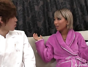 Couple,Japanese,Uniform,Maids,Kitchen New chef Aika needs to get one more...