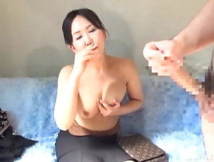 Japanese,Natural Tits,Panties Japanese model having the interview...