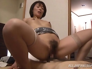 Mature,Asian,Japanese Curvy mature Asian babe with a hairy...