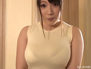 POV,Japanese,Glasses,Cumshot,Close Up Beautiful nerdy Japanese MILF Yurai...