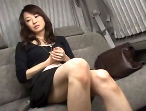 Couple,Japanese,Bra,Panties,Natural Tits,Miniskirt Provocative secretary takes off her...