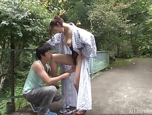 Couple,Hardcore,Asian,Japanese,Outdoor Reiko is a very pretty girl and...