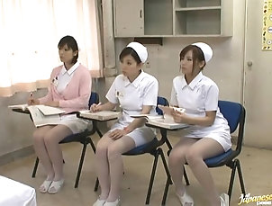 Amateur,Asian,Brunettes,Fingering,Japanese,Lesbian,Nurses,Uniform A few Japanese nurses take part in a...