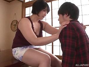 Couple,Japanese,Panties,Natural Tits,Close Up,Chubby Brunette Yagi Michika rides his hard...