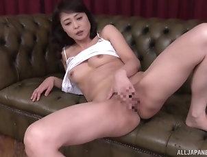 Solo Models,Japanese,Masturbation,MILF,Panties Mature Asian wife Ootomo Izumi...