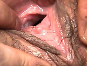 Asian,Pussy Hinano's pink pussy hole is...