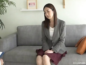 Couple,Hardcore,Asian,Japanese,Panties,Bra Japanese woman plays with a vibrator...
