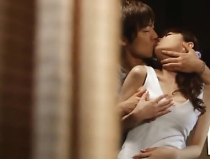 Japanese,Reality,Asian Hot and Horny Asian MILF Gives A...