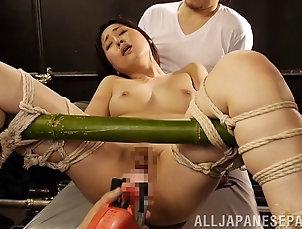BDSM,Fetish,Asian,Japanese,Bondage Hardcore Asian MILF likes bondage and...