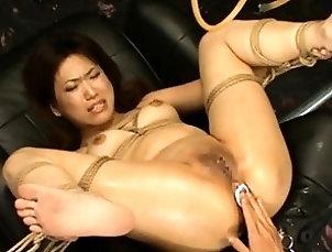 BDSM,Bondage,Asian,Japanese Horny Asian Mari Kamiya gets her cunt...
