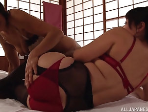 Lesbian,Japanese,MILF,Panties Japanese woman spreads her legs for a...