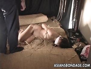 BDSM Asian bitch gets a bondage session to...