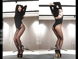Asian;Brunette;Lingerie;18 Year Old;Boots;High Heels;Pantyhose;Lingeries;Dance;Lingerie Dance;Heels;HD Videos;60 FPS Dance in pantyhose and heels 8