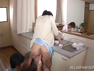 Reality,Hardcore,Fingering,MILF,Cougars,Asian,Japanese Hot cougar getting her pussy smashed...