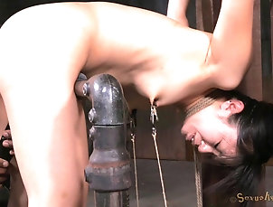 BDSM,Fetish,Torture Gorgeous Asian looker enjoys her some...