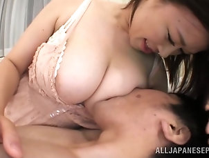 MILF,Cougars,Big Tits,Natural Tits,Lingerie,Couple,Asian,Hardcore,Japanese,Wife Japanese Cougar Shows Her Perfect...
