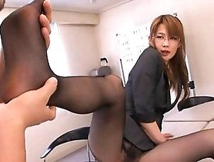 Asian,Japanese,Stockings,Lingerie,Reality Erika Kirihara?s sexy legs have cute...