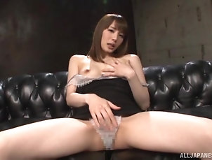 Solo Models,Japanese,Masturbation,Natural Tits Seductive Asian girl Suzumura Airi...