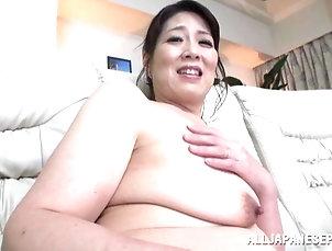 Threesome,Hardcore,MMF,Brunettes,Mature,Asian,Japanese Mature Japanese bitch gets stunningly...